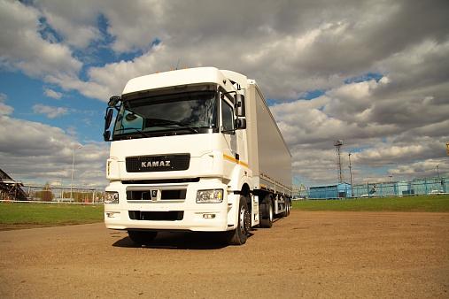 KAMAZ-5490-NEO