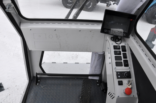 Автомобильный кран Челябинец КС 55732-28 на шасси 43118
