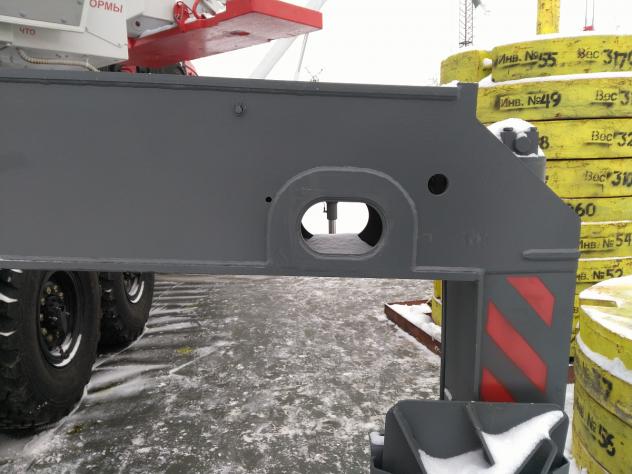 Автомобильный кран Челябинец КС 55732-33 на шасси 43118